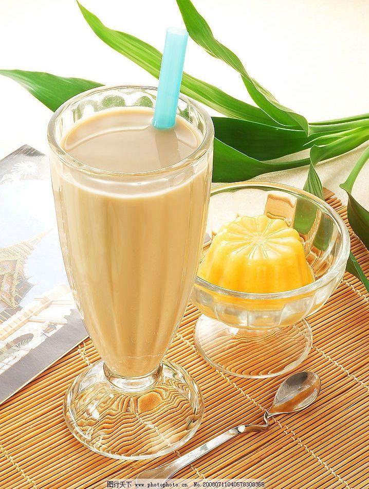 布丁奶茶图片
