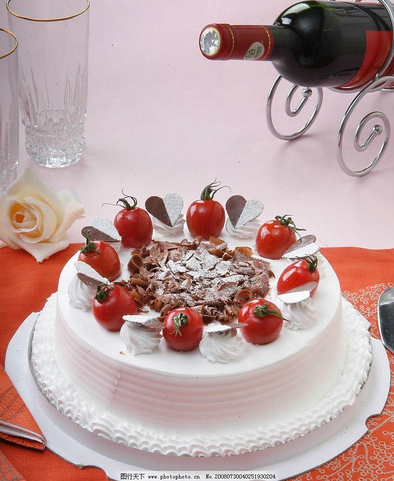 蛋糕 生日蛋糕 红酒 餐饮美食 传统美食 摄影图库 300dpi jpg