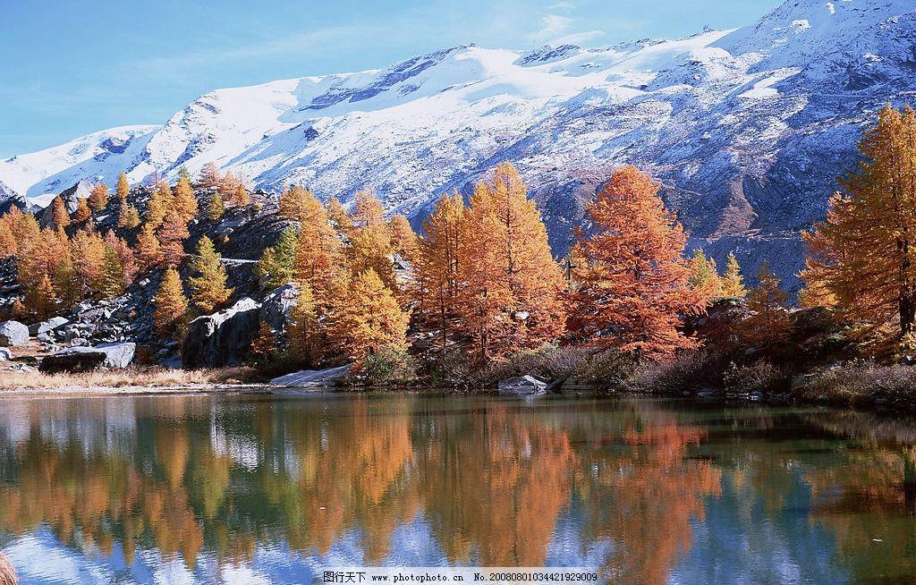 雪上湖泊图片_山水风景