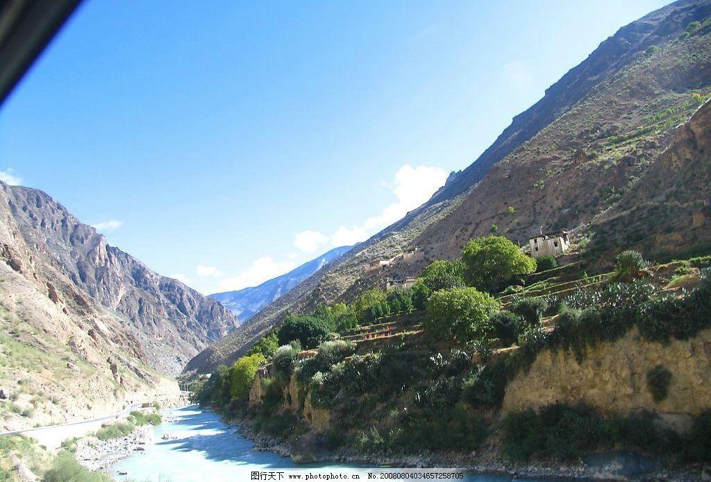 云南丽江 云南 丽江 蓝天 白云 山涧 河流 自然景观 风景名胜 摄影