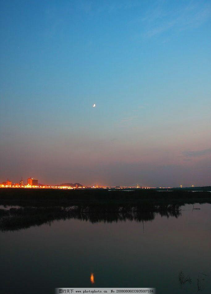 月光照下的美丽风景