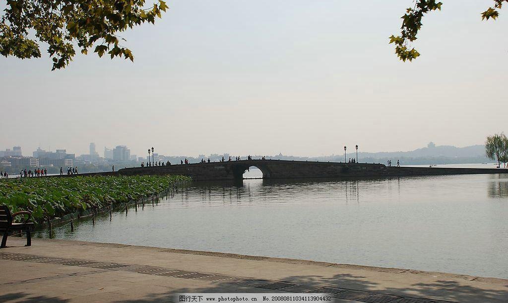 西湖断桥 西湖 断桥 旅游摄影 自然风景 摄影图库 300dpi jpg