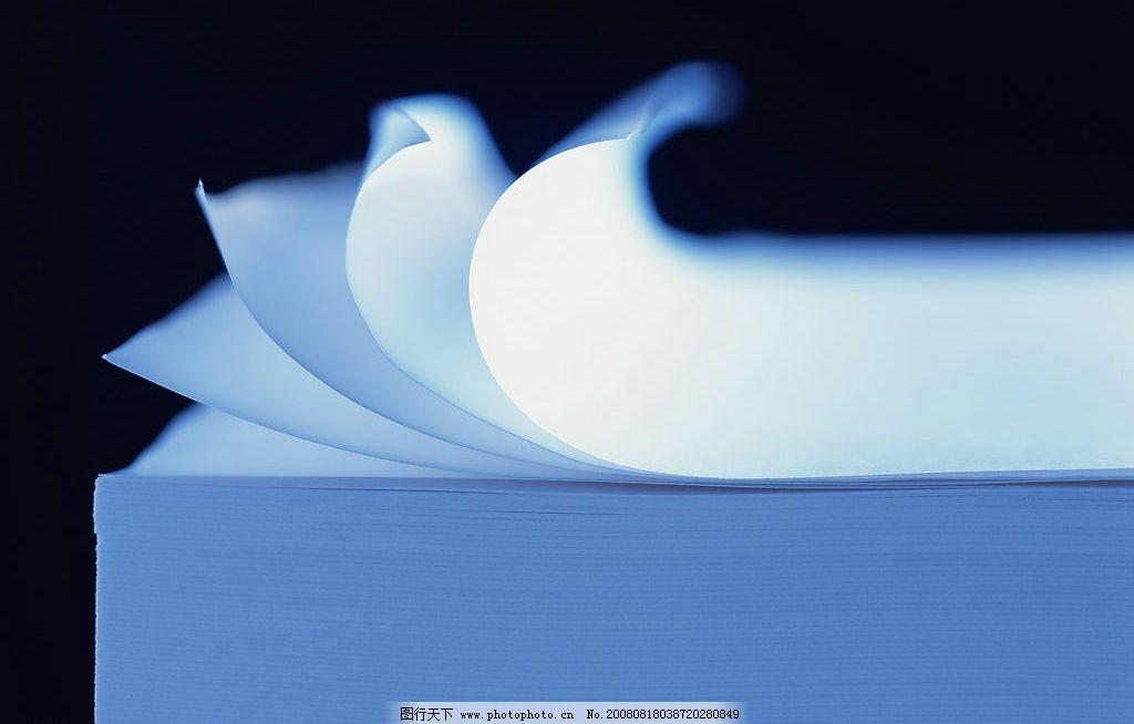 素材之纸的风情篇 素材 纸 风情 白纸 排列 透明 阴影 蓝色 文化艺术