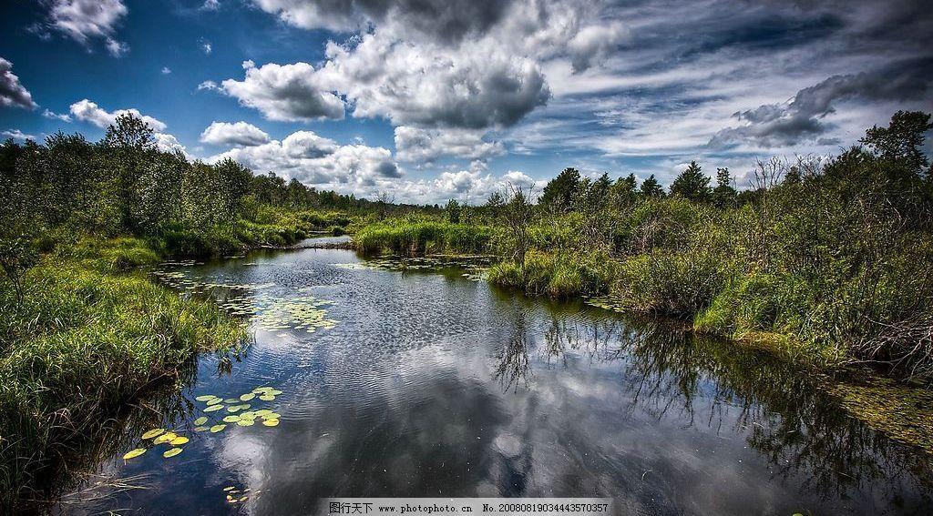 纯美的小溪 溪流 春天 白云 蓝天 树丛 倒影 自然景观 山水风景 摄影