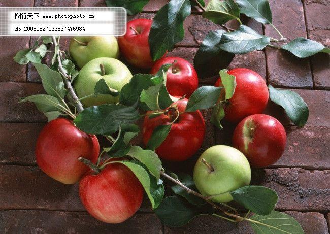 一堆苹果 一堆苹果免费下载 地砖 红苹果 绿苹果 苹果叶子 图片素材