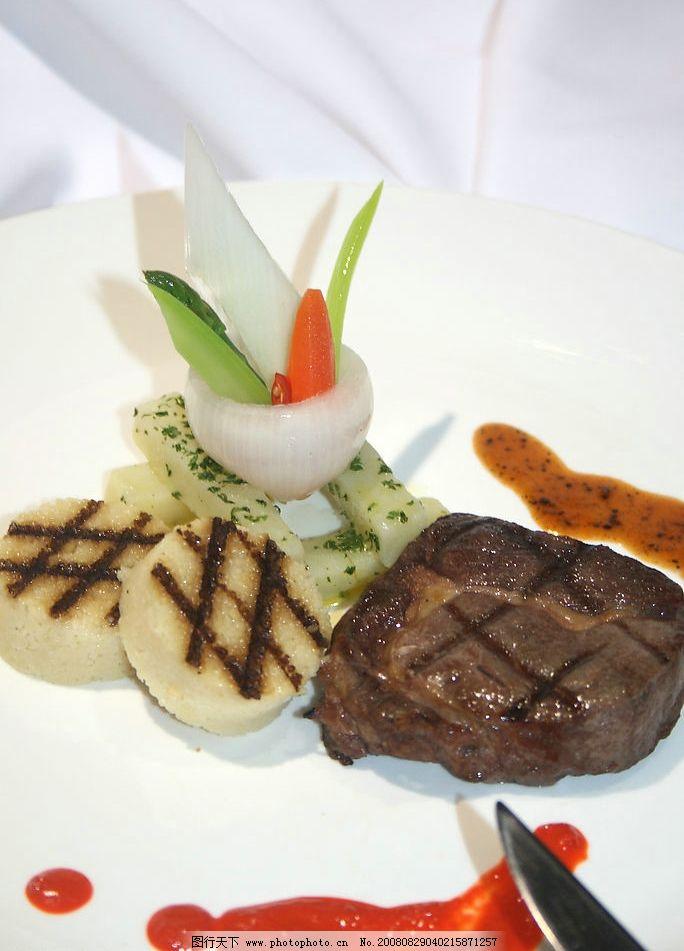 西班牙牛排 摆盘 小牛肉 土豆 源文件库 其他 食全食美 摄影图库