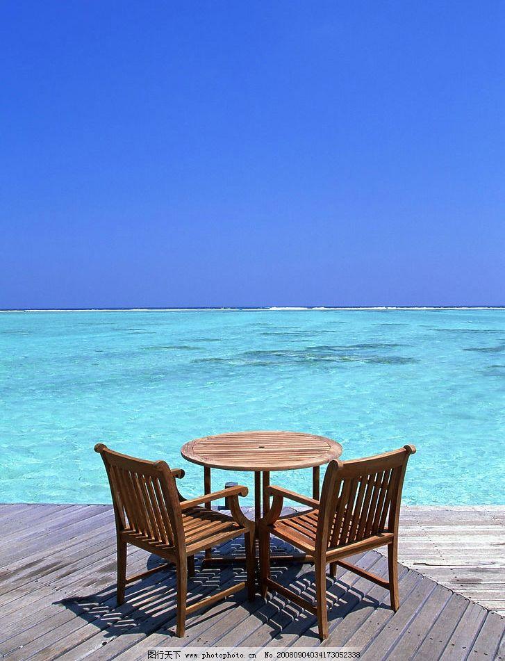 海滩风光 大海 蓝天 沙滩椅 旅游摄影 自然风景 摄影图库 350dpi jpg