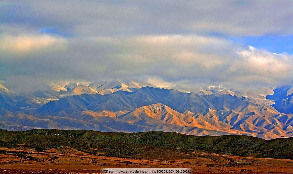新疆山脉 新疆 山脉 雪山 自然景观 自然风景 摄影图库 72dpi jpg