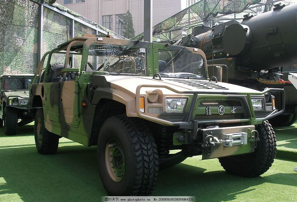 东风猛士 军用越野车 东风 猛士 悍马 越野 现代科技 军事武器 国产